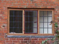 Oak window with metal casements